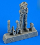 1/48 USN Pilot w/Bag Vietnam War 1965-73