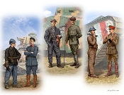 French, German, British Private & Officer Tankmen of WWI (6)