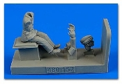 1/48 WWII RAF Albion Refueling Driver (Sitting)