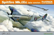 Spitfire Mk IXc Late Version Fighter (Profi-Pack Plastic Kit)